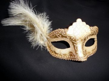 Gold glitter Petite feather Mask (1)